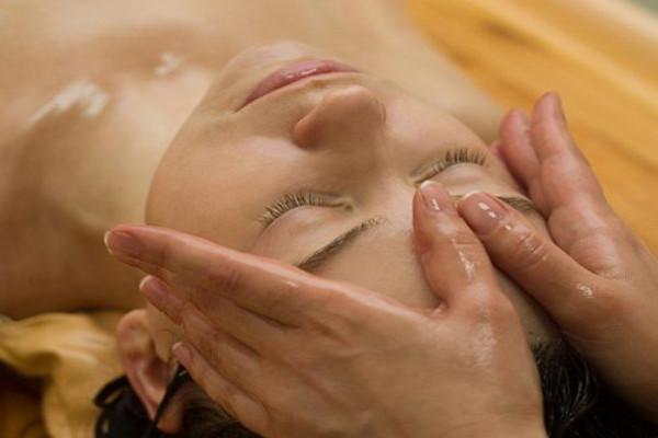 ayurveda-massaggio-ayurvedico-milano-centro