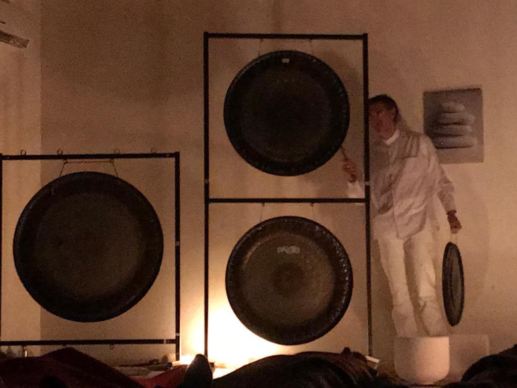 Totem Studio Bagno di Gong