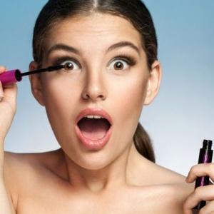Conservazione-dei-trucchi-quando-scadono-i-cosmetici1-1-300x300
