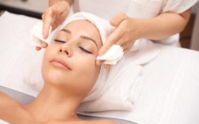 Pulizia del viso: con Hydraskin pelle purificata e rigenerata