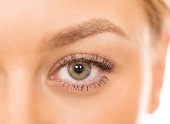 Blefaroplastica palpebre e contorno occhi giovani